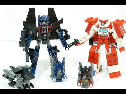 KRE-O Transformers Battle Changers Autobot Ratchet vs Soundwave