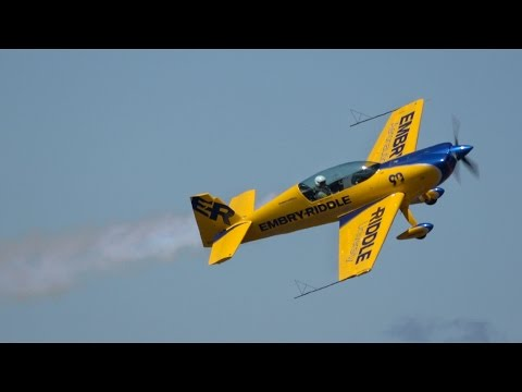 Matt Chapman Saturday aerobatics .. Oregon Airshow 2016 (4K)