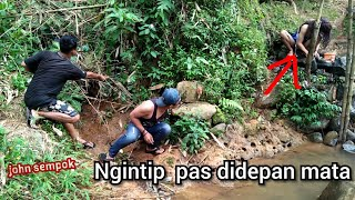Video Ngintip prawan mandi di kali  WOW mantaf download MP3, 3GP, MP4, WEBM, AVI, FLV September 2019