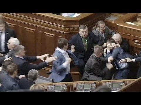 Ukraine passes security legislation amid tension in east