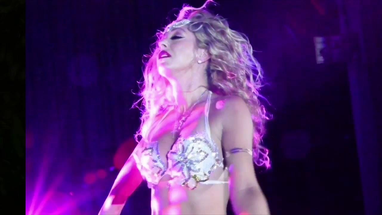Aluminus Goddess - A Showgirls Story