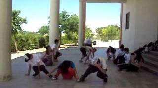 Download (1)coreografia grupo 2 de 4 eso B MP3 song and Music Video