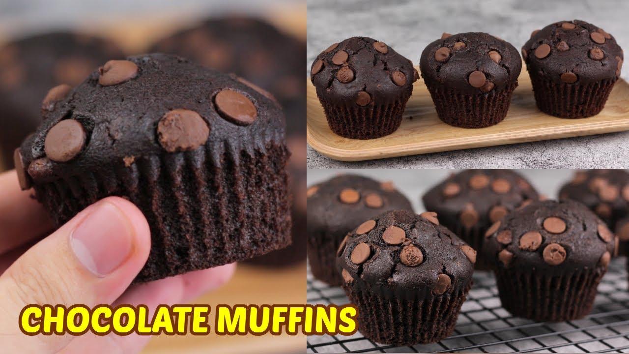 Super Soft & Moist Homemade Chocolate Muffins!