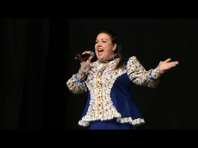 Смотреть видео Автор-исполнитель песен - Елена Садовская