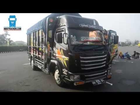 Modifikasi Truk Canter Ceper Black Edition by Truck Mania Indonesia