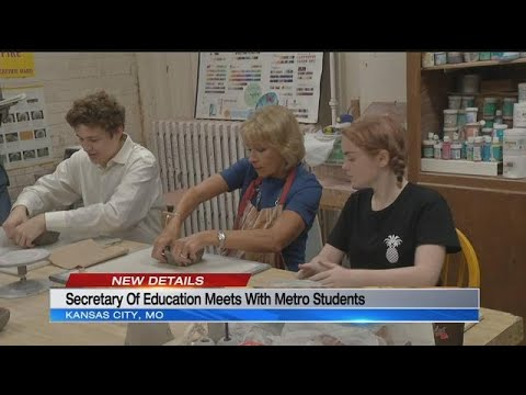 Secretary of Education Betsy DeVos visits Kansas City Academy