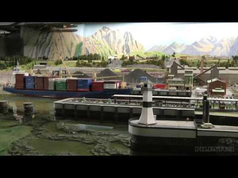 Model Railroad of Norway with cruise ship in HO scale