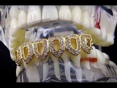 14 мар 2018. От афро до розовых волос (а еще золотые зубы и татуировка в виде. Фактически мода на грилзы начала формироваться в начале.