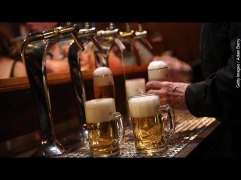 N.J. Man Says Atlantic City Restaurant Served Him Toxic Beer - Newsy