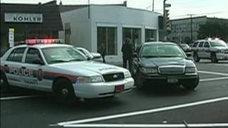 Police  Naked man dies after being handcuffed