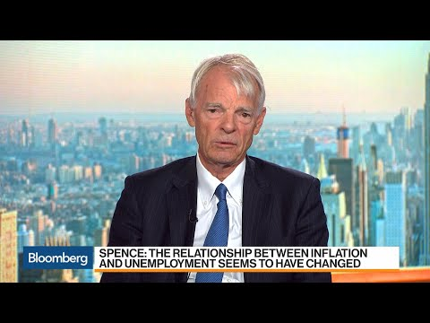 Nobel Laureate Spence 'Not a Fan' of Low Interest-Rate Environment