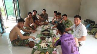 Bữa Cơm  Ngày Đi Làm Xa Nhà | Hoa Ban Tây Bắc