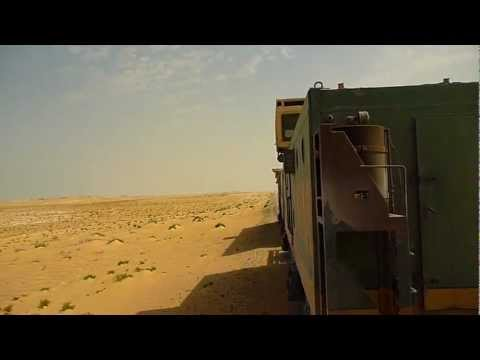 MAURITANIA - Life aboard the unique Iron Train (longest in the world)