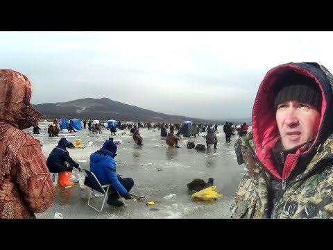 РЫБАЛКА ЗИМОЙ НА ПОПЛАВОК И САМОДУР! Рыбалка на зубатку навагу в устьях по первому льду!