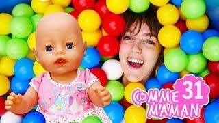 Vidéo en français pour enfants. Comme maman № 31. Piscine à balles pour bébé Émilie
