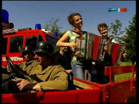 Bettina & Patricia -  Wo man Lieder singt