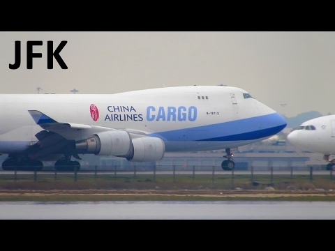 BUSY DAY! Planespotting at New York JFK with STUNNING Heavy Action! [Full HD]