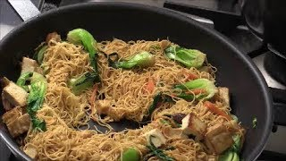 Chines Stir-Fry Noodle With Vegs