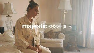 MOLI - Comfortable   Majestic Sessions