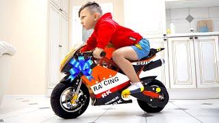سينيا ودراجته الرياضية المصغرة الجديدة