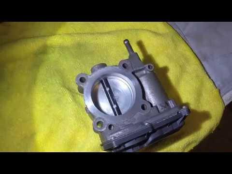 Toyota Corolla throttle body cleaning