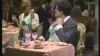 Repeat youtube video The Return of Mr. Bean - Part 2/3 - Birthday at a Restraunt