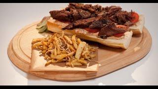 Бургер с говяжьей грудинкой и овощами фри | Мясо. От филе до фарша