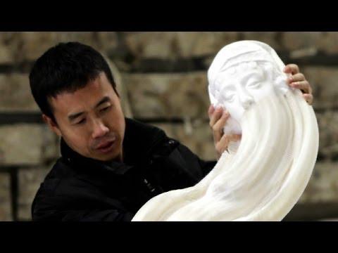 Çinli sanatçının 'esnek' heykelleri - BBC TÜRKÇE