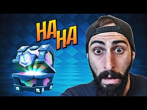 Clash Royale Greek~Opening Legendary Chest~By Bodrini