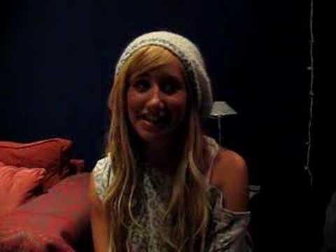 VINTAGE! Ashley Tisdale Reveals a Secret!