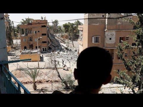 Syria: Air strike on ISIL prison