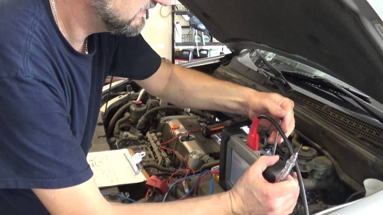 VTEC Problem P2646 2005 Honda CR-V Part 1 - YouTube