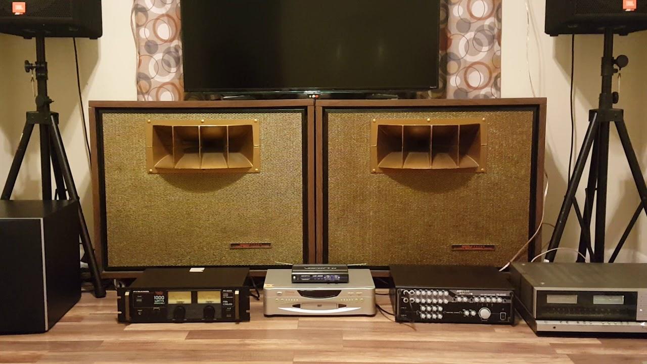 Test Loa Seeburg Dynamic Multi-channel cua My (Speakers test)