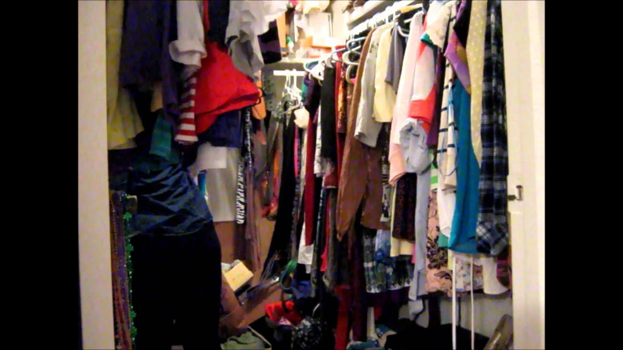 spring cleaning series - closet organization: how i hang up my
