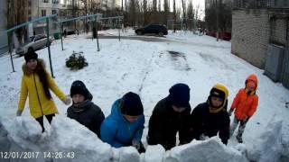 Снежный замок во дворе !(Снежный замок во дворе !, 2017-01-13T11:43:39.000Z)