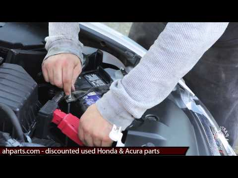 How to replace a car battery change install DIY Honda Civic 2006 2007 2008 2009 2010 2011