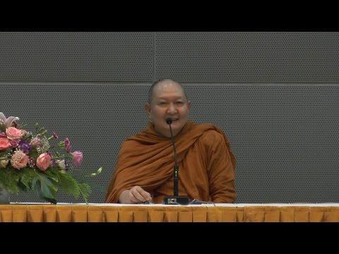 หลวงพ่อปราโมทย์ แสดงธรรม ณ ศูนย์ปฏิบัติการบริษัทการบินไทย สนามบินสุวรรณภูมิ 8 ก.ค. 2558