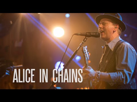 Alice in Chains The Second Chapter on Guitar Center Sessions on DIRECTV