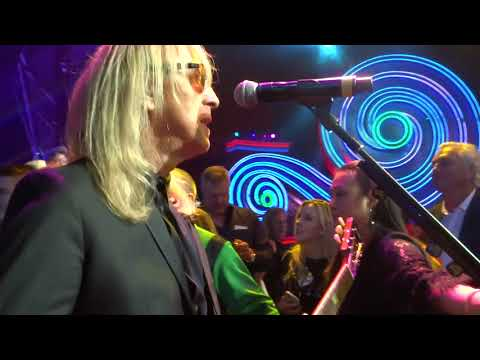 Davey Johnstone - Saturday Night's Alright For Fighting