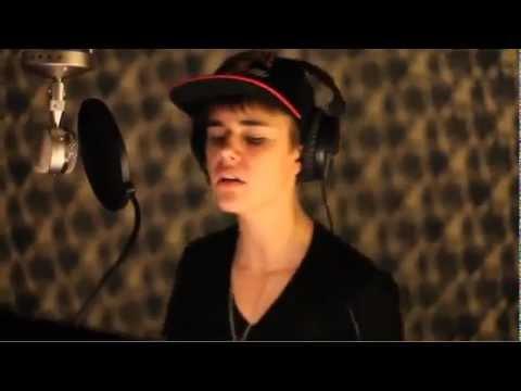 Justin Bieber Feat. Usher - Chestnuts (Studio Webisode)