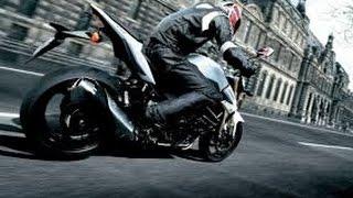 Безумное вождения ненормального мотоциклиста на трассе!!!