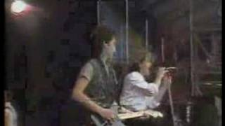 An Cat Dubh/Into The Heart (live from Werchter 1982)