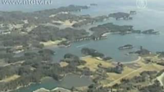 Цунами и землетрясение в Японии 2011-11 марта(Цунами и землетрясение в Японии 2011-11 марта Съемка волн цунами в Японии с вертолета. Мощное землетрясение..., 2011-03-11T14:19:46.000Z)