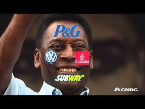 Pelé sues Samsung   CNBC International