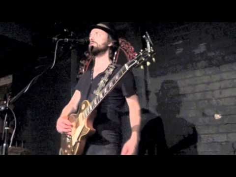 William Burnett - The One You're Thinking Of - Live The Slaughtered Lamb London 2011