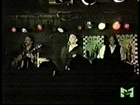 REM - Love Is All Around @ Milan - 22 March 1991