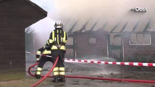 Brand in schuur bij boerderij in Anevelde