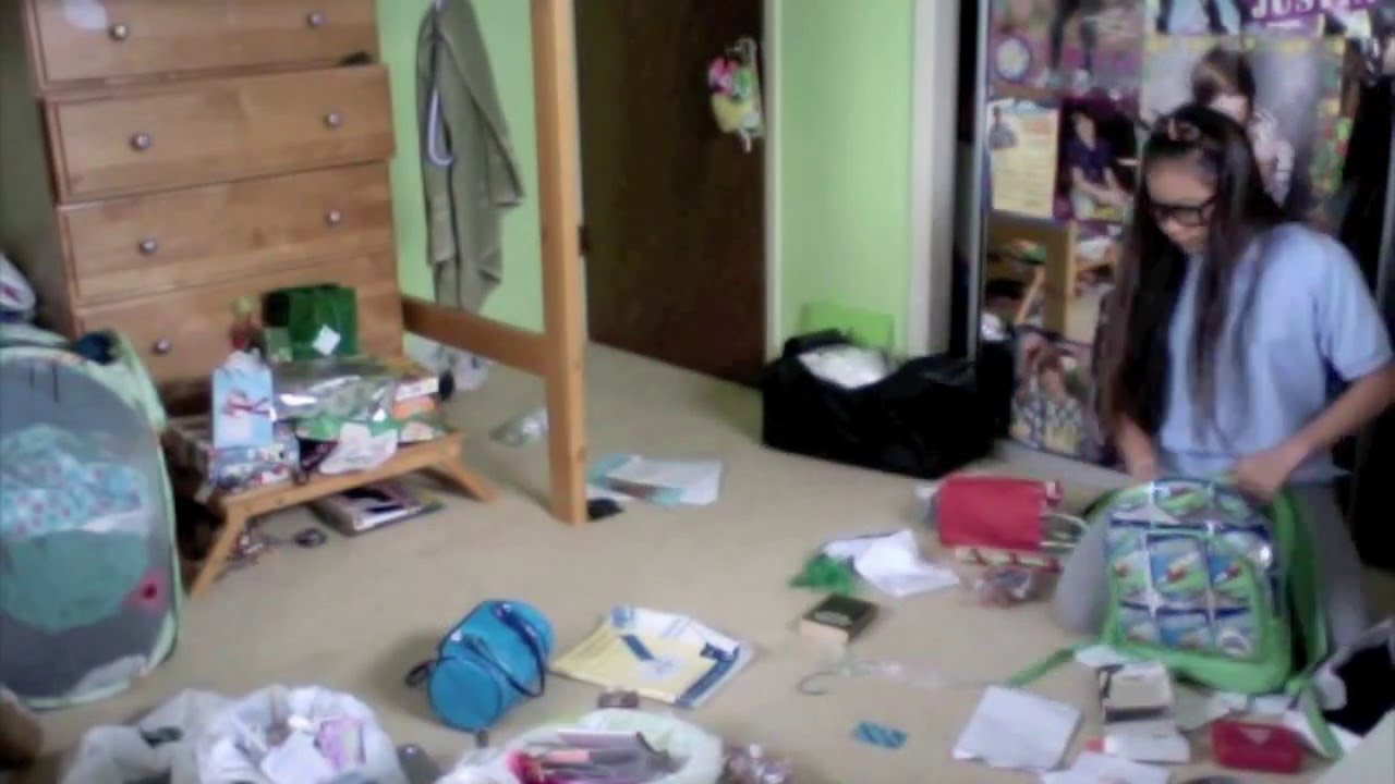Cleaning Messy Room cleaning my messy room! - youtube