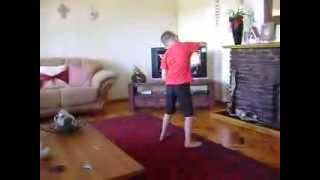 Kid dancing to Boeremusiek