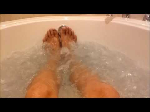 Review - Gold Strike, Tunica, MS, Hotel Room Hot Tub